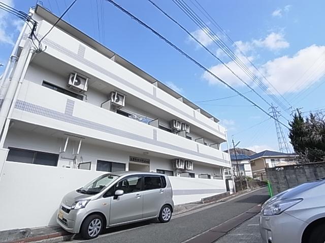 物件番号: 1111285318  神戸市須磨区妙法寺字池町 1K マンション 外観画像