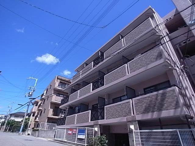 メゾン・ド・ヴィレ須磨 403の外観