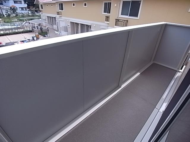 物件番号: 1111287938  神戸市垂水区名谷町 3LDK テラスハウス 画像9