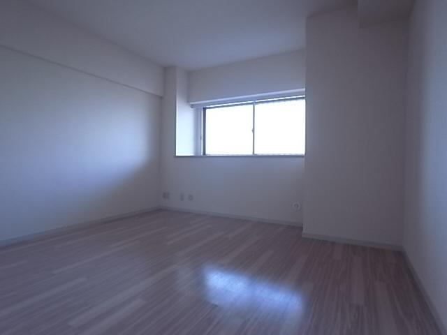 物件番号: 1111288643  神戸市西区糀台4丁目 3SLDK マンション 画像11