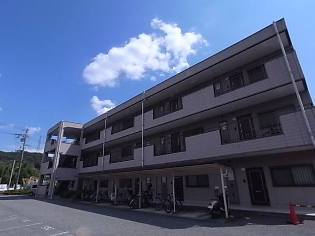 ペットOK^^岡場駅・有馬温泉も車ですぐ^^案内は現地待ち合わせ可^^ 306の外観