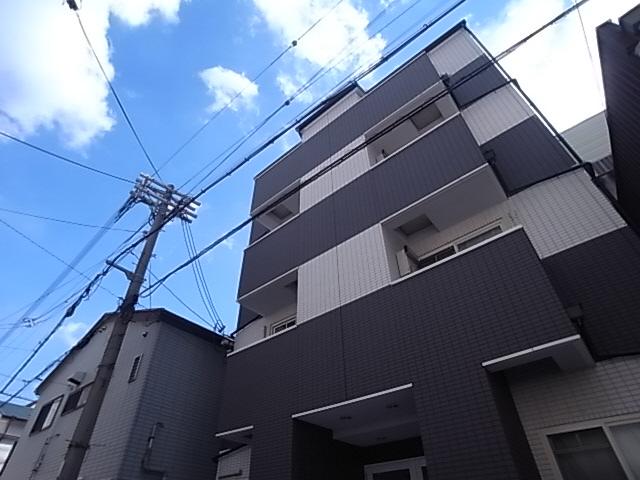 パイン神戸三宮 402の外観