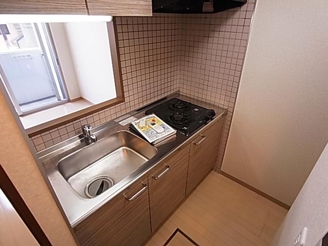物件番号: 1111291562  神戸市長田区御蔵通6丁目 1K マンション 画像2