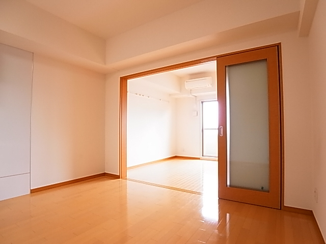 物件番号: 1111291530  神戸市兵庫区小松通2丁目 1LDK マンション 画像1