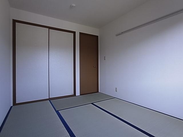 物件番号: 1111286620  神戸市北区有野中町1丁目 3LDK テラスハウス 画像5