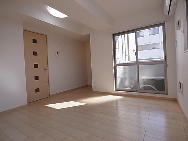 物件番号: 1111212129  神戸市須磨区衣掛町4丁目 1K マンション 画像1