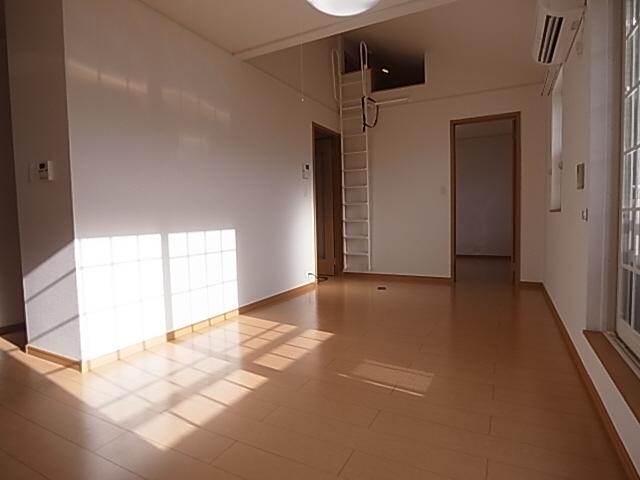 物件番号: 1111245986 ラ・フェリーチェⅡ  神戸市北区有野町有野 1SLDK ハイツ 画像1