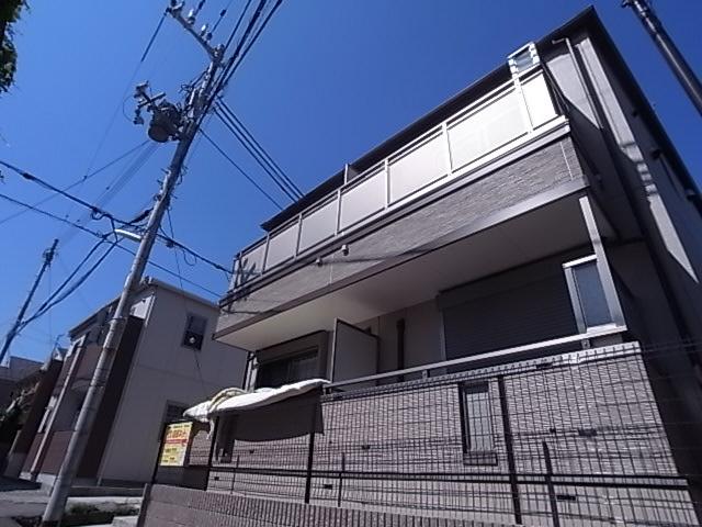 物件番号: 1111240447  神戸市須磨区月見山本町2丁目 1K アパート 外観画像