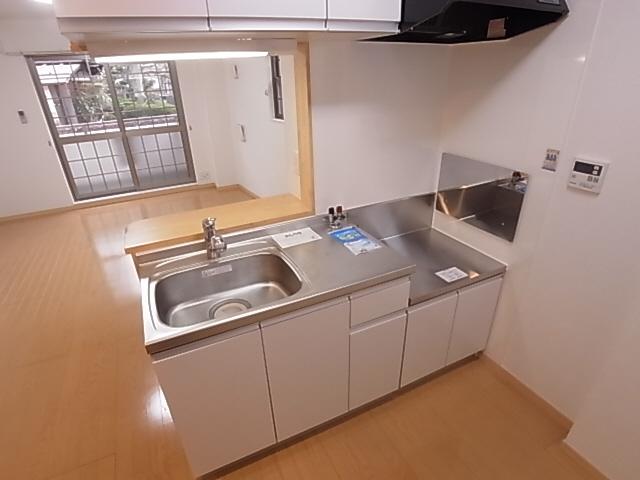 物件番号: 1111288356 フォルテ月見山  神戸市須磨区月見山本町2丁目 1K アパート 画像2