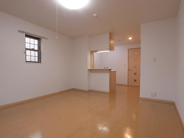 物件番号: 1111288356 フォルテ月見山  神戸市須磨区月見山本町2丁目 1K アパート 画像1
