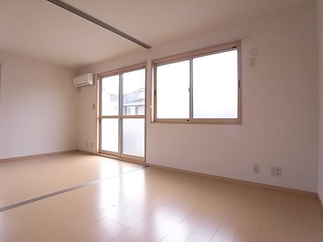 物件番号: 1111284622  神戸市北区八多町中 1LDK アパート 画像5