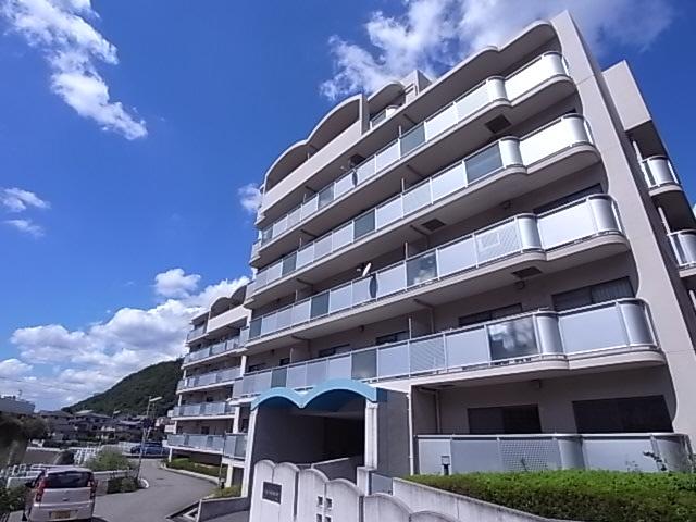 物件番号: 1111249775  神戸市北区谷上西町 3LDK マンション 外観画像
