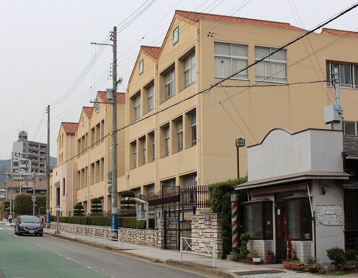 物件番号: 1111285810  神戸市須磨区月見山本町1丁目 2LDK ハイツ 画像20