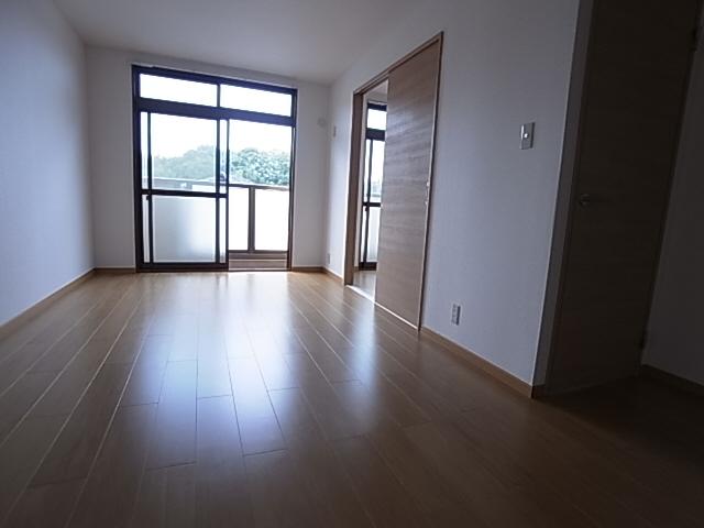 物件番号: 1111274849  神戸市北区山田町小部字大東 2LDK アパート 画像32