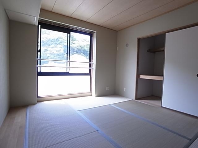 物件番号: 1111281742  神戸市兵庫区平野町字天王谷東服山 3LDK アパート 画像5