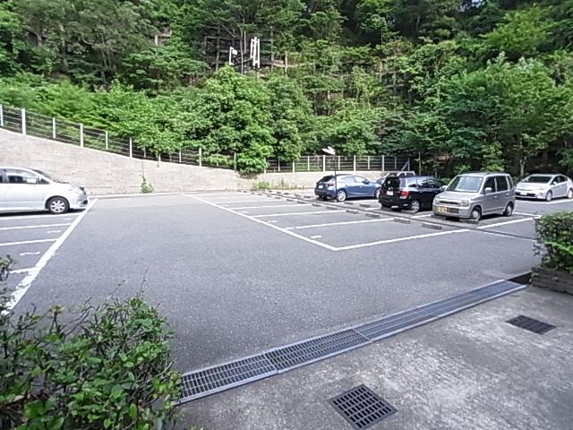 物件番号: 1111281742  神戸市兵庫区平野町字天王谷東服山 3LDK アパート 画像13