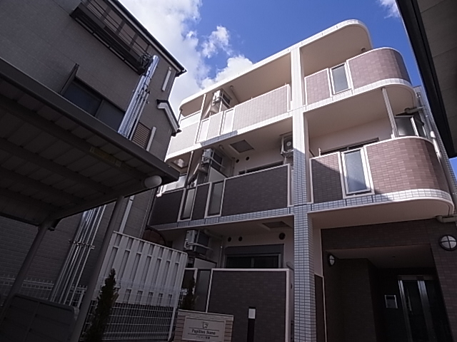 神戸女子大生に人気のオートロック・システムキッチン・追焚付築浅マンション^^ 302の外観