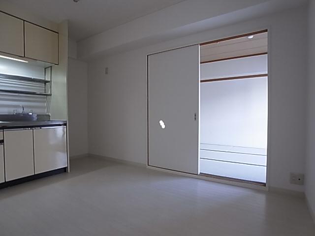 物件番号: 1111277523 サチハイツ  神戸市兵庫区小河通2丁目 2DK マンション 画像16