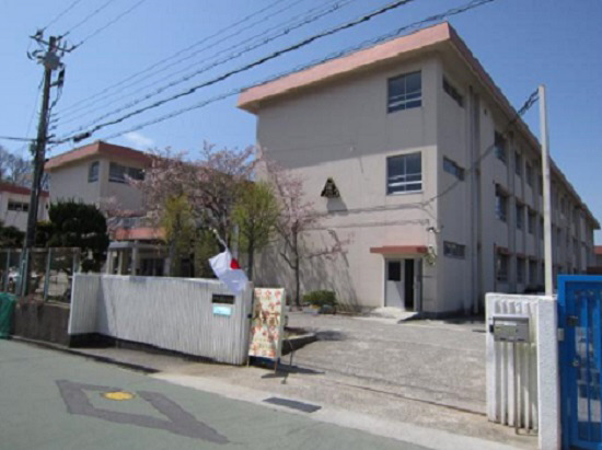 物件番号: 1111282584  神戸市北区杉尾台1丁目 2LDK ハイツ 画像20