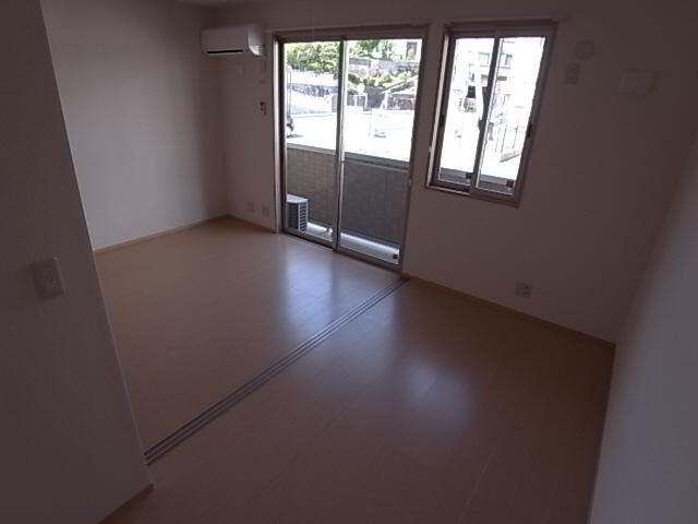 物件番号: 1111290556  神戸市北区鈴蘭台北町3丁目 1LDK アパート 画像5