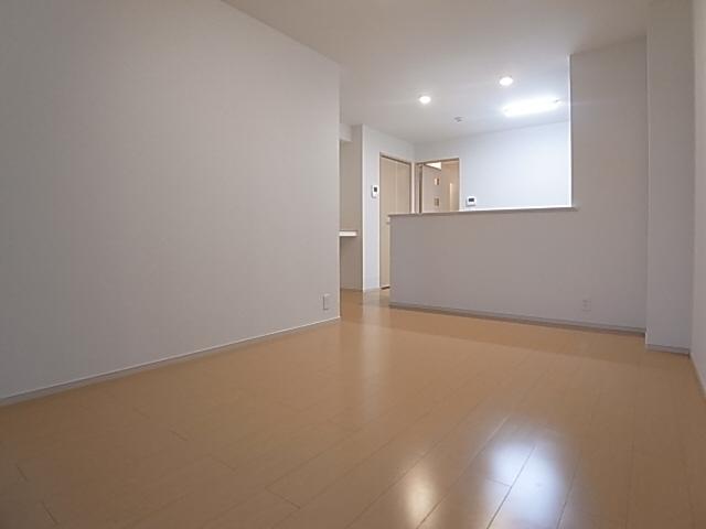 物件番号: 1111285390 グランディオーズ八多  神戸市北区八多町下小名田 1LDK アパート 画像1