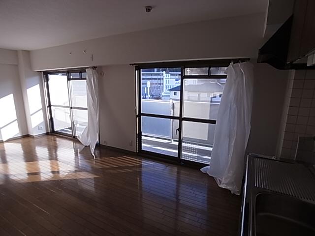 物件番号: 1111249775  神戸市北区谷上西町 3LDK マンション 画像32