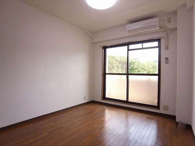 物件番号: 1111288827  神戸市垂水区名谷町字北野屋敷 1K マンション 画像10