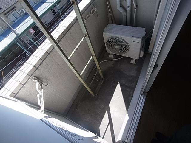 物件番号: 1111282397  神戸市兵庫区上三条町 1K マンション 画像9