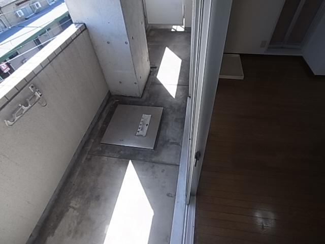 物件番号: 1111255641  神戸市兵庫区上三条町 1K マンション 画像9