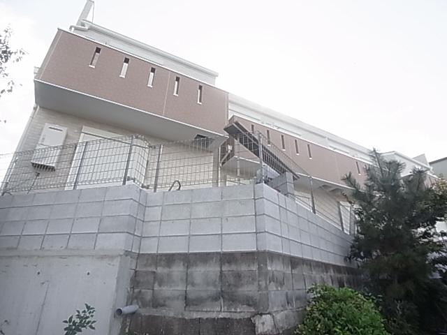 ペット(犬猫)OK 広々1LDK 高台なので1階でも高さあり オーシャンビュー 201の外観