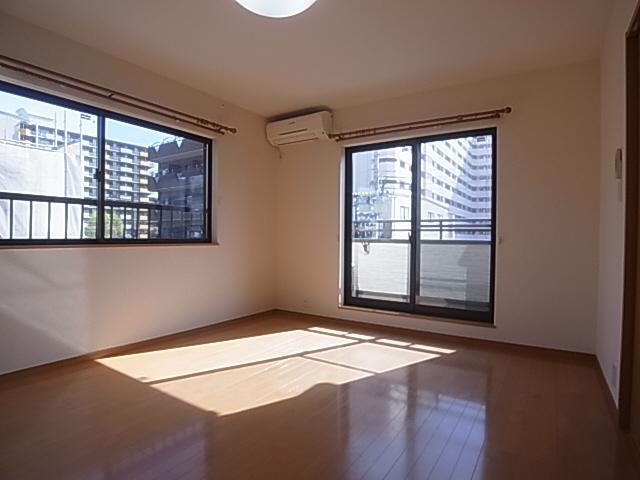 物件番号: 1111270823  神戸市長田区松野通3丁目 1K ハイツ 画像1