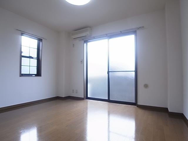 物件番号: 1111291537  神戸市長田区大谷町3丁目 1K マンション 画像1