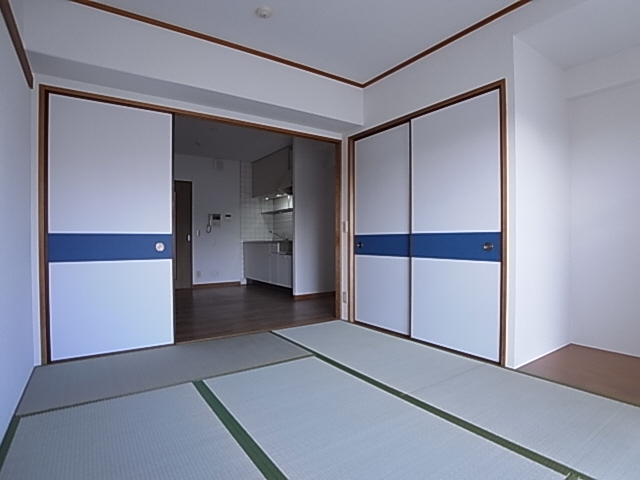 物件番号: 1111279761  神戸市長田区明泉寺町1丁目 1LDK マンション 画像4