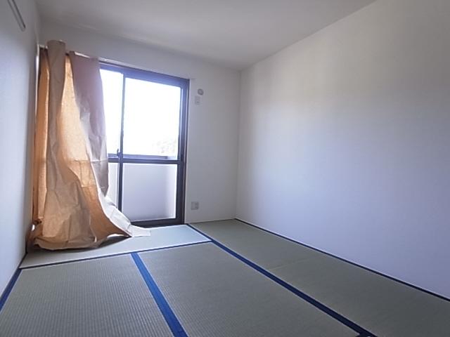 物件番号: 1111286620  神戸市北区有野中町1丁目 3LDK テラスハウス 画像32