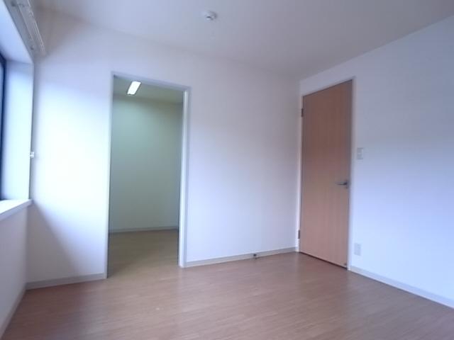 物件番号: 1111288100  神戸市須磨区高倉台8丁目 3LDK テラスハウス 画像4