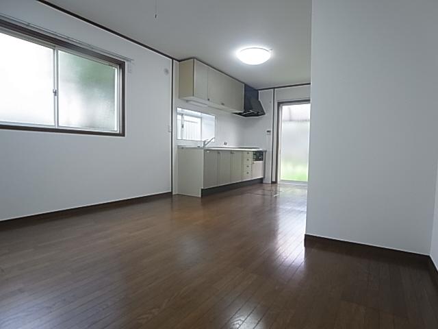 物件番号: 1111285223  神戸市北区唐櫃台2丁目 4LDK 貸家 画像1