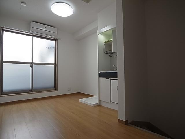 物件番号: 1111289114  神戸市長田区六番町8丁目 1SK アパート 画像1