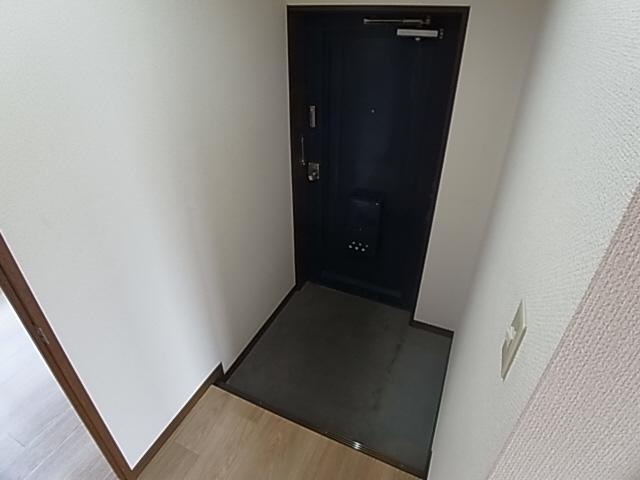物件番号: 1111289901 ガーデン北六甲  神戸市北区有野町唐櫃 2LDK マンション 画像8