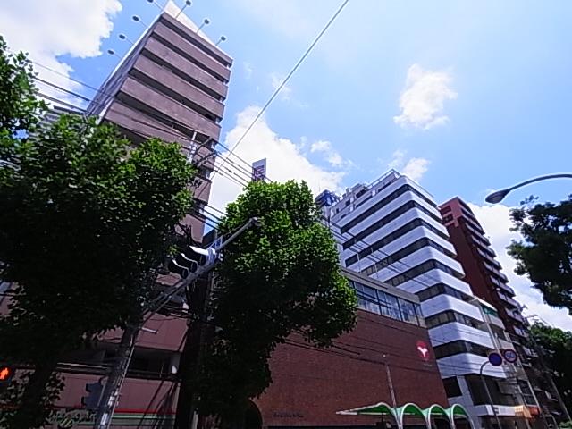 ローレル新神戸 302の外観
