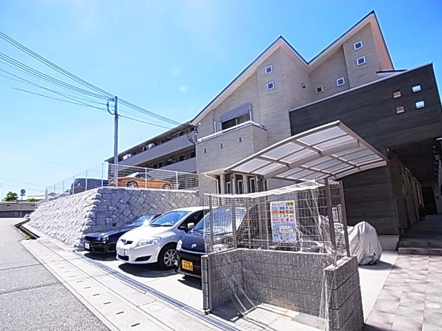 物件番号: 1111286024 Jグランデ神戸谷上  神戸市北区谷上西町 1DK ハイツ 外観画像