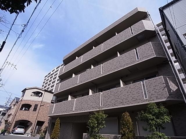 駅近くの築浅マンション カウンターキッチン 大型収納 初期費用もお得です^^ 402の外観