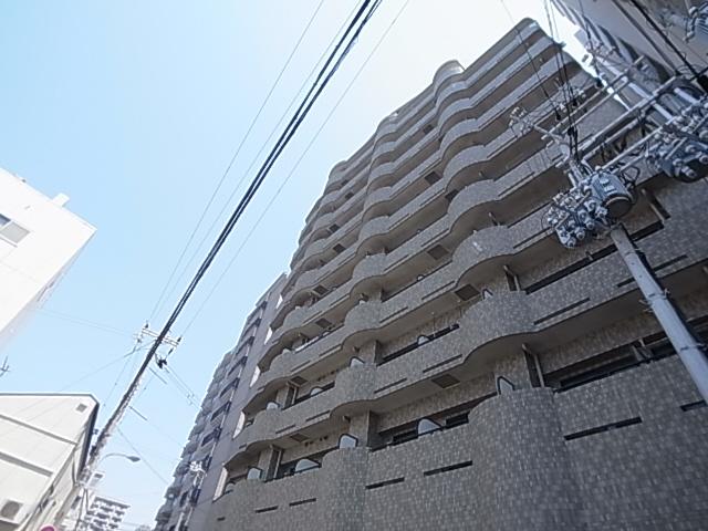 明石駅徒歩すぐの人気のマンション バルコニーから海が見えます 905の外観