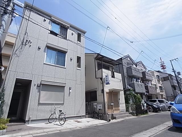 物件番号: 1111220827  神戸市兵庫区下沢通3丁目 1K アパート 外観画像