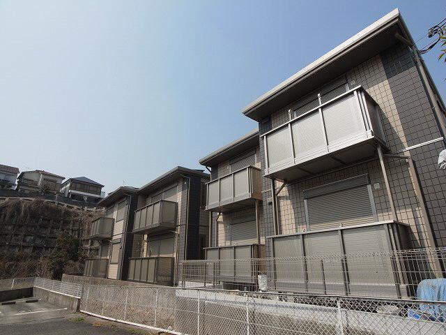 物件番号: 1111288017  神戸市北区鈴蘭台西町5丁目 2LDK ハイツ 外観画像