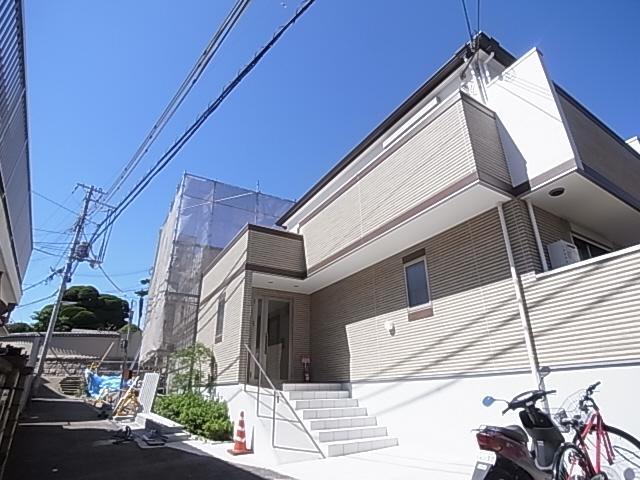 ワコーレヴィアーノ神戸梅元町 104の外観