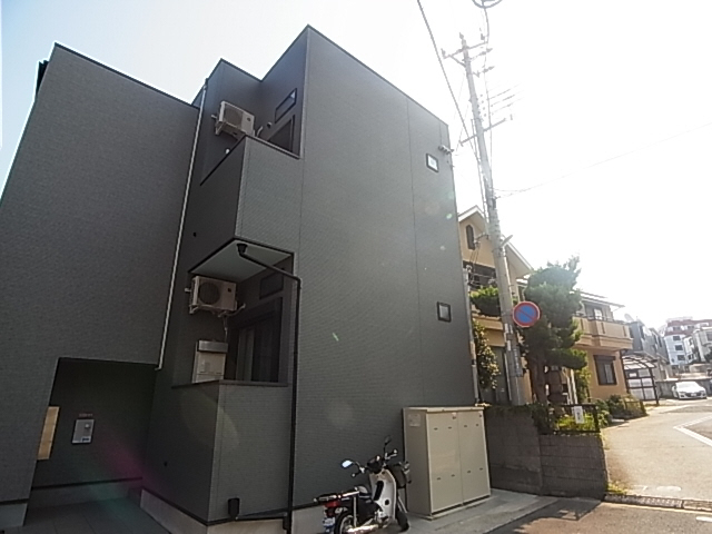 物件番号: 1111287858 リヴェールメゾン  神戸市垂水区山手3丁目 1SK ハイツ 外観画像