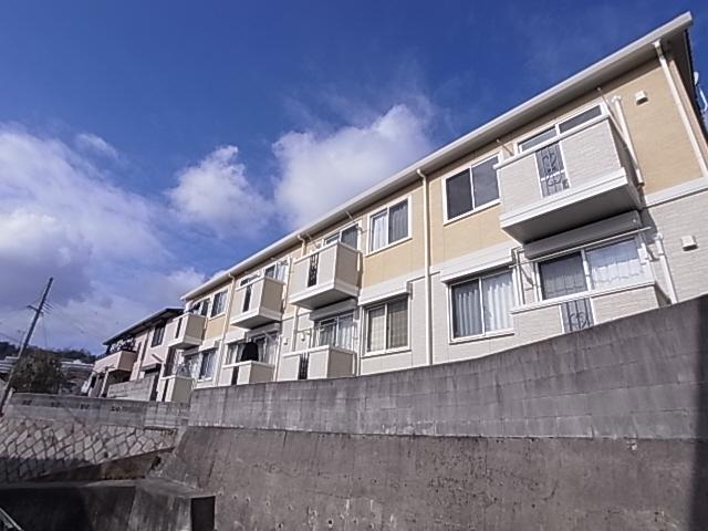 物件番号: 1111234638  神戸市長田区平和台町3丁目 1LDK アパート 外観画像
